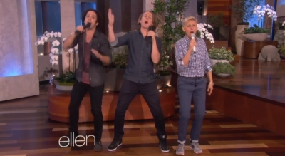Ylvis performs «The Fox» on The Ellen Show